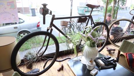 Nachbarn #21: My Piecycle — Café und Vintage Bikes